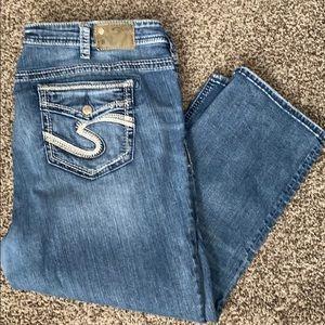 Silver Jeans Capri Plus Size
